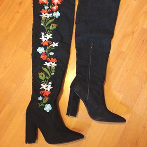 Qupid Over Knee Stretch Black Embroidered Boots